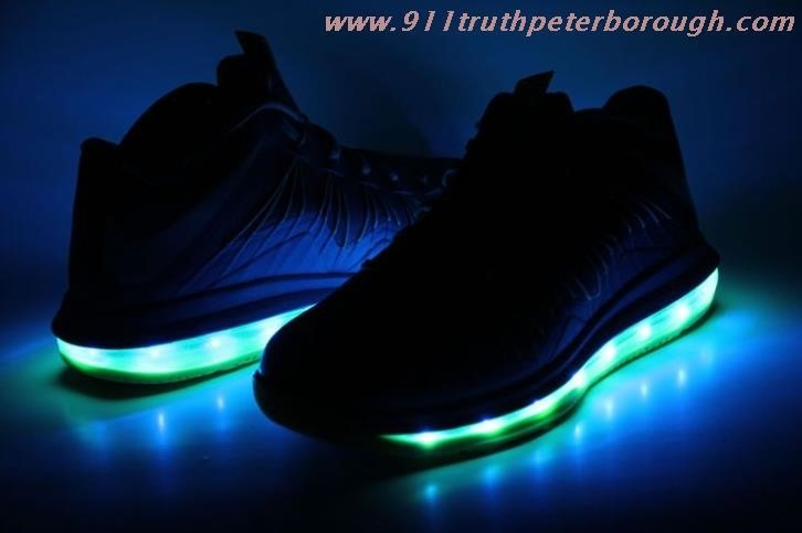 Nike Sneakers Light Up